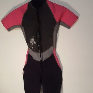 Ladies hot pink swim wet suit/ divingsuite size 4